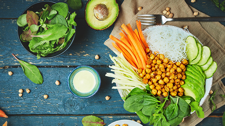 ausgewogene Ernährung Immunsystem stärken Essen Nährstoffe Vitamine